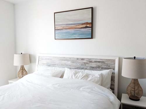 What to Consider When Looking for a Suitable Queen Bed Frame
